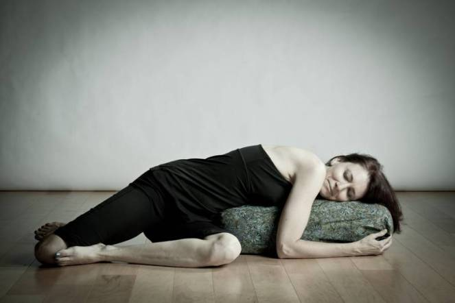 salamba bharadvajasana, yogaistherapy.com 2